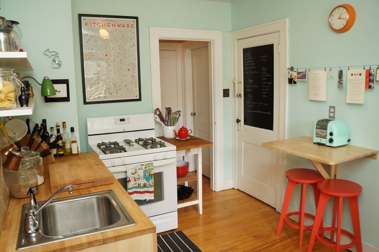 20 great ideas for making an ordinary kitchen into for Design petite cuisine