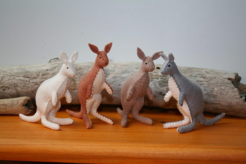 Kangaroos by MOLICAAustralia