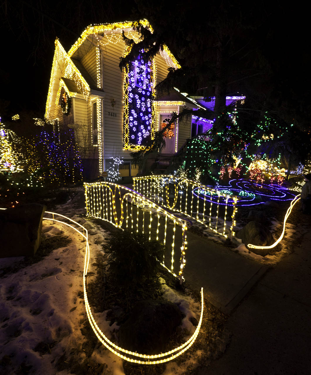 Edmonton Christmas Lights: 7421-108 Street Christmas Lights