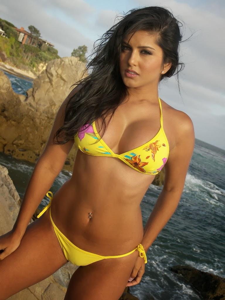 Sunny leone sexy video of beach