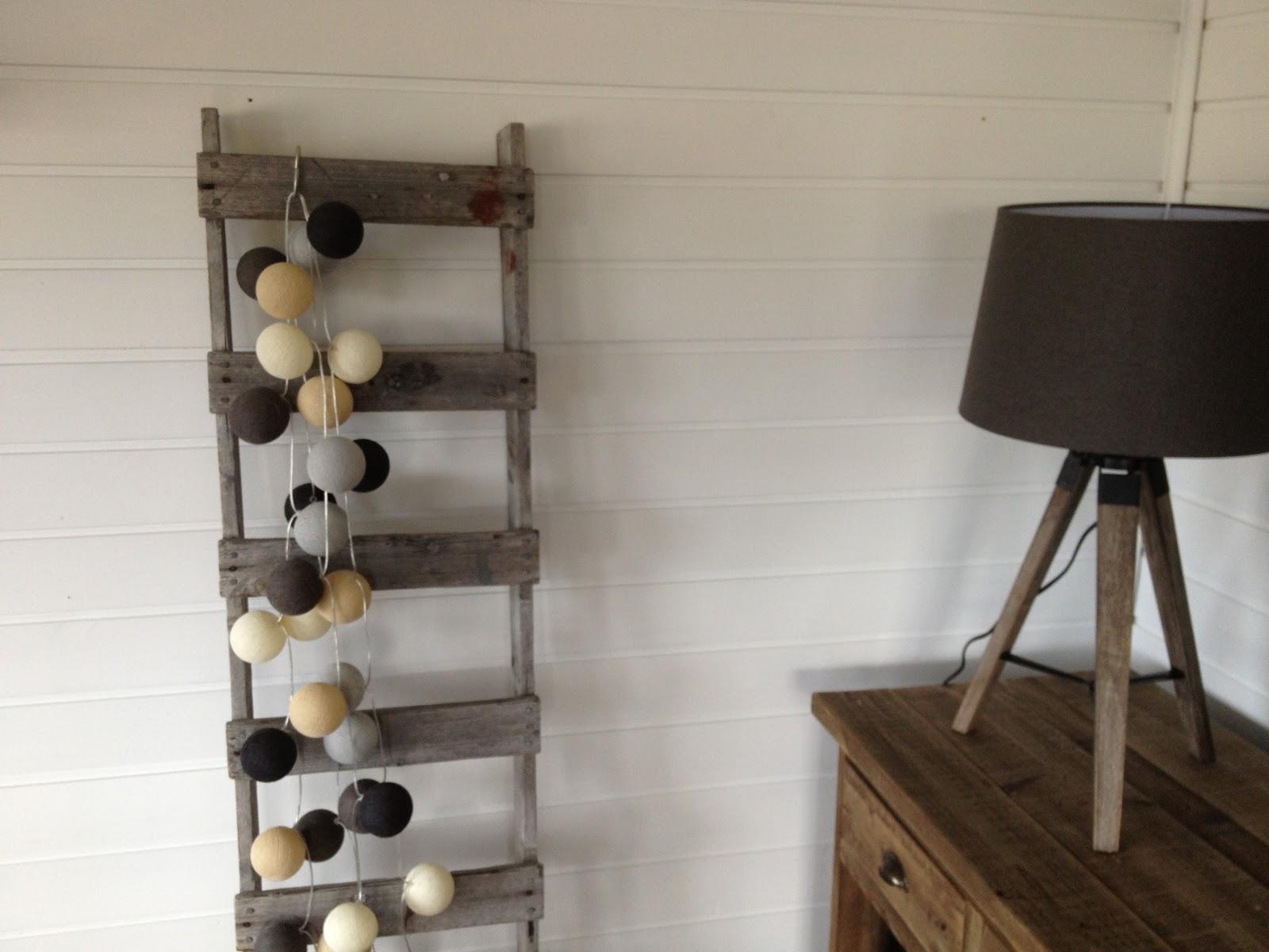 Charm: Mer stue og lamper!