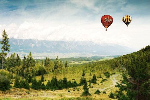 Paisaje con globos en el cielo - Balloons in the sky