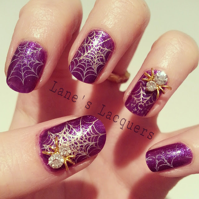 throwback-thursday-models-own-halloween-spider-nail-art