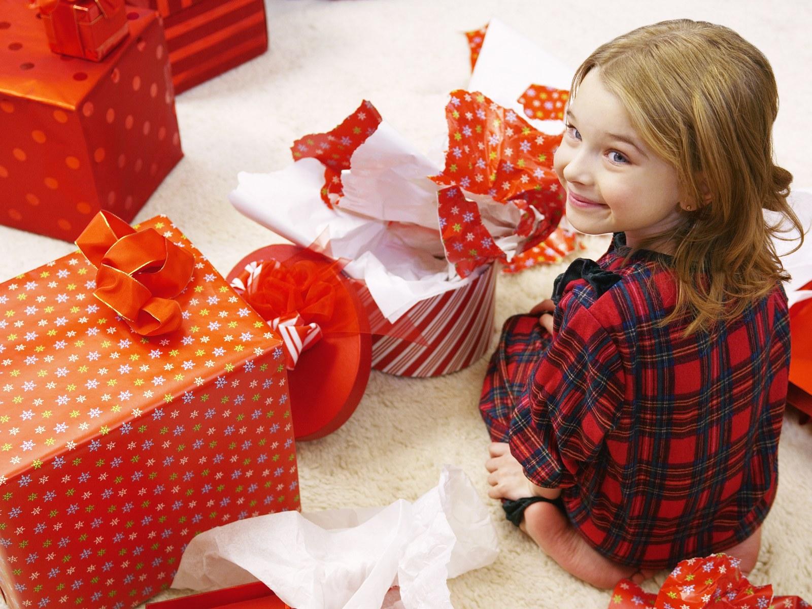 Подарок ребенку 10 лет девочка 40