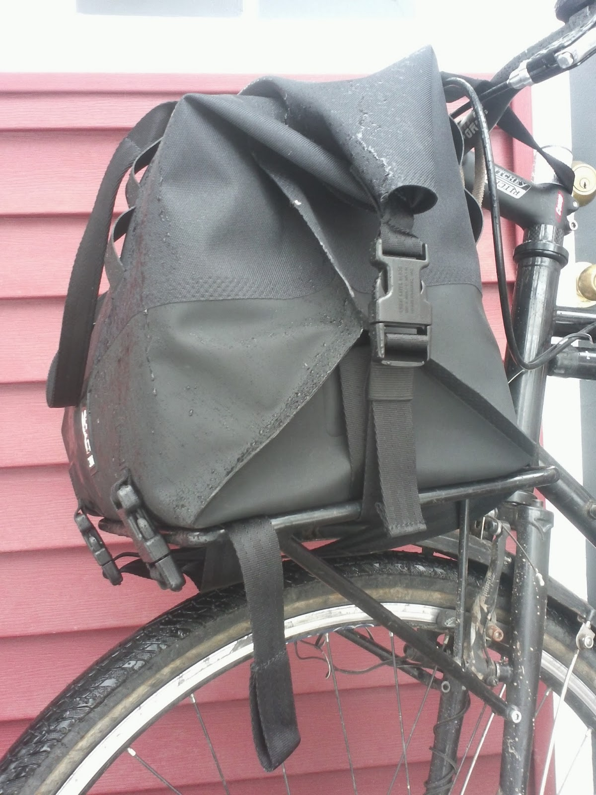 Review Initial Impressions Chrome Industries Front Rack Duffle