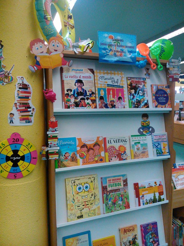 Pre escolar area de biblioteca pre escolar area de - Estanteria biblioteca infantil ...