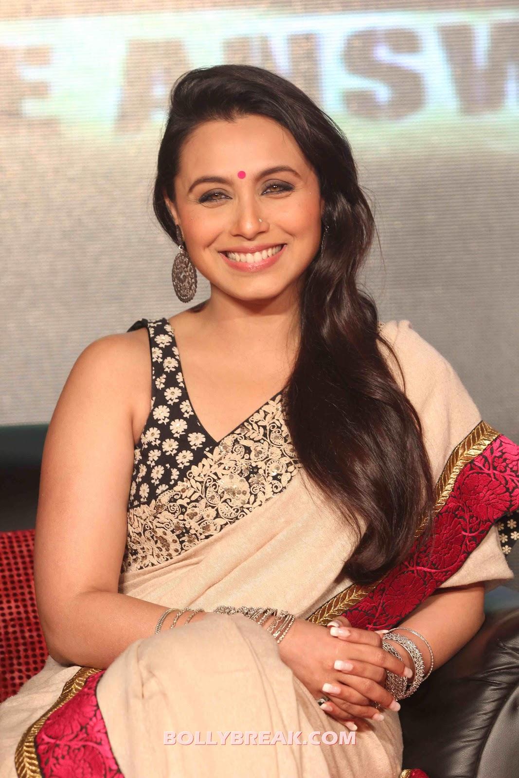Rani Mukherjee Hot Pics In Sleeveless Blouse 12 Pics