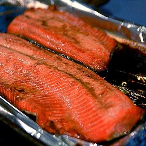 http://secretcopycatrestaurantrecipes.com/bonefish-grill-salmon-rhea-with-lime-tomato-garlic-sauce-recipe/
