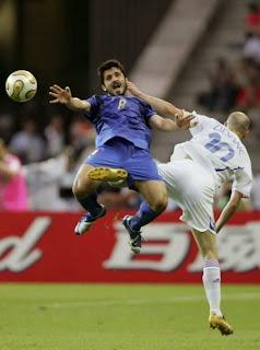 pelanggaran main sepak bola