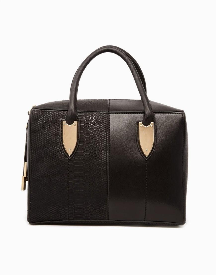 wardrobe essentials, basics,black structured bag
