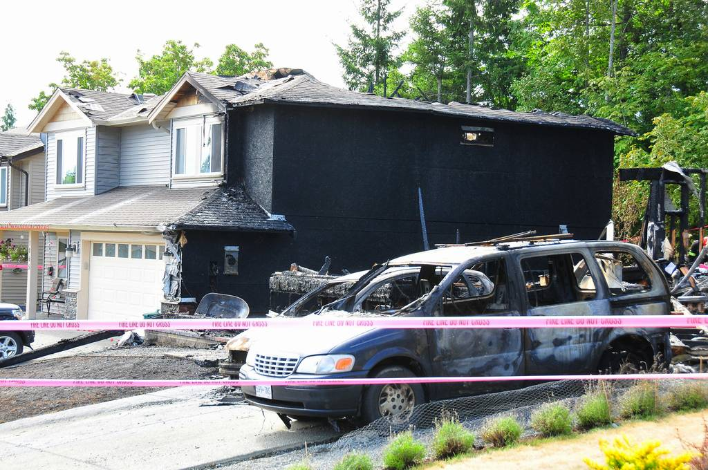 Nanaimo info blog fire razes southwood drive home nanaimo for Southwood home