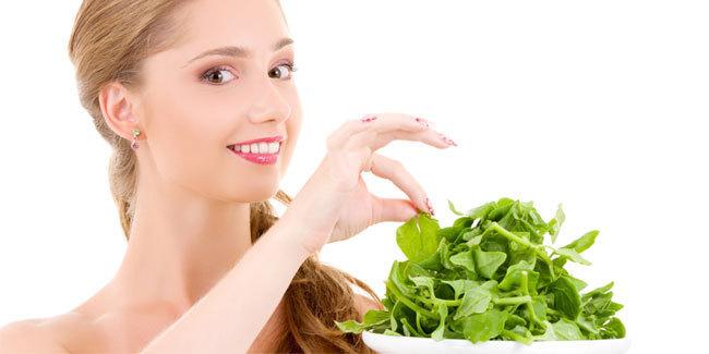 Makan Bayam bisa Mencegah Pikun