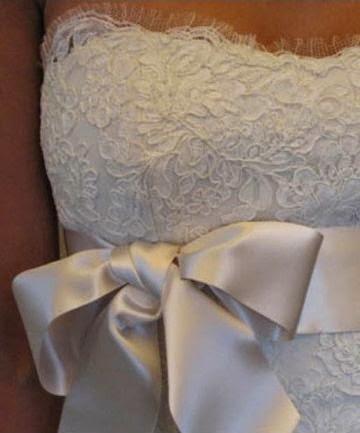 Vestido de Novia Corte Sirena con Lazo en la Cintura