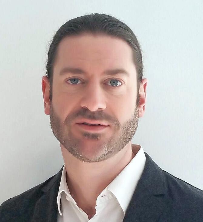 <b>Andreas Hauser<b></b></b>