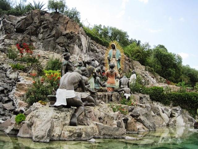 Monumento a la Virgen de Guadalupe en el Tepeyac
