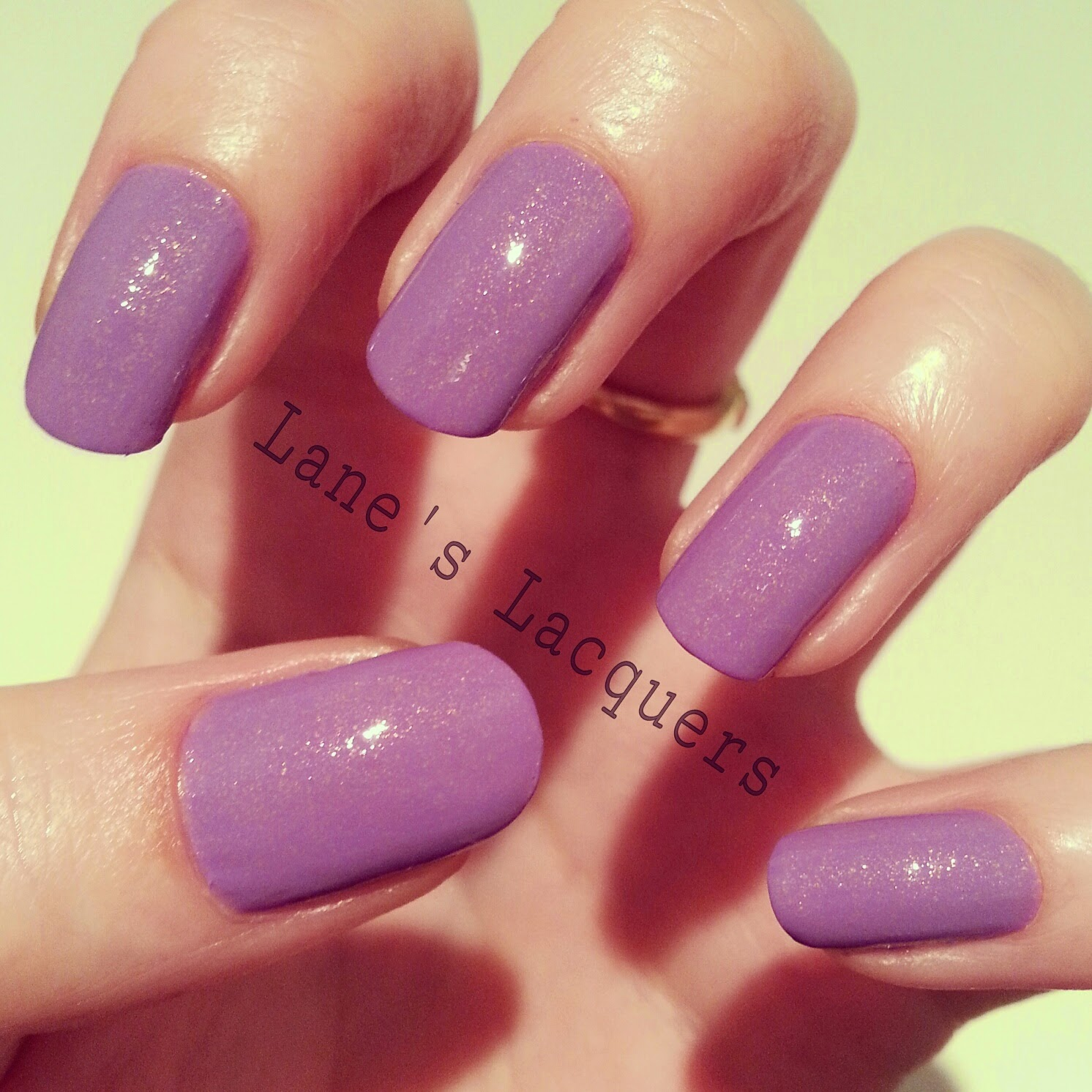 new-models-own-luxe-collection-pear-purple-swatch-manicure
