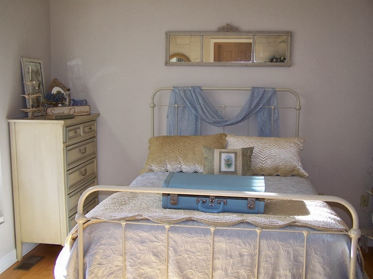 piney rose vintage blue and cream bedroom