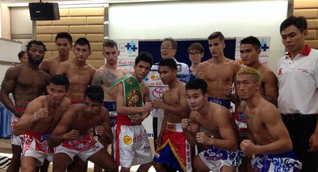 มวยวีโก้เข้มข้น!!...สิงห์ดำ ตัดเชือก เพชรบุญชู...สมรักษ์ นำทัพนักมวยไทย ปะทะ ต่างชาติ ...เพชร ป้องแช้มป์ WBC ...