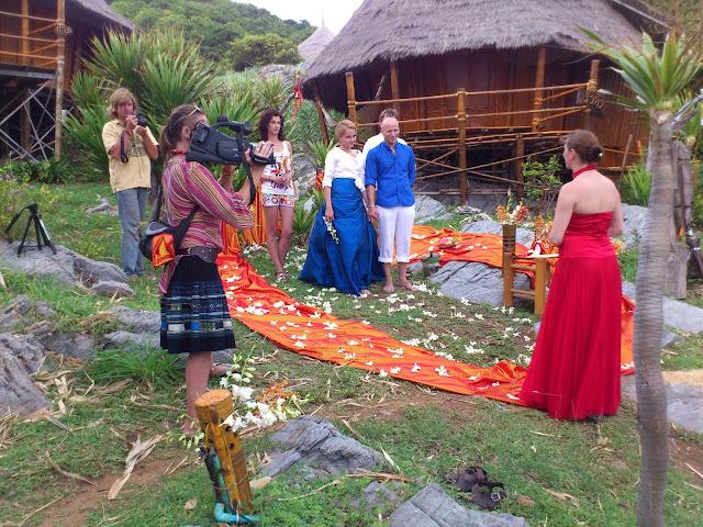 Свадебная церемония на острове Ко Си Чанг, Таиланд