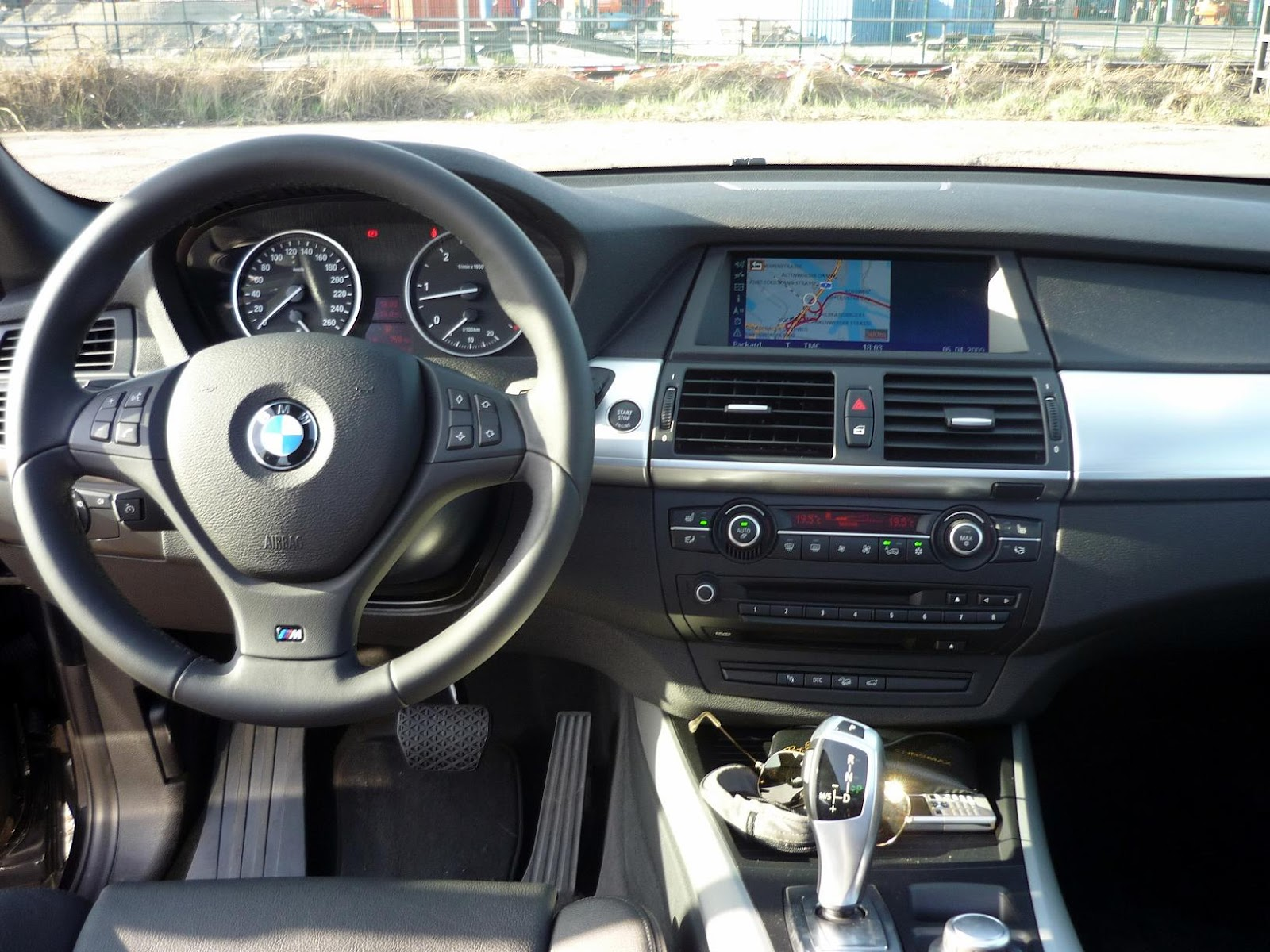 guitigefilmpjes spotlight bmw x5 2009 e70. Black Bedroom Furniture Sets. Home Design Ideas