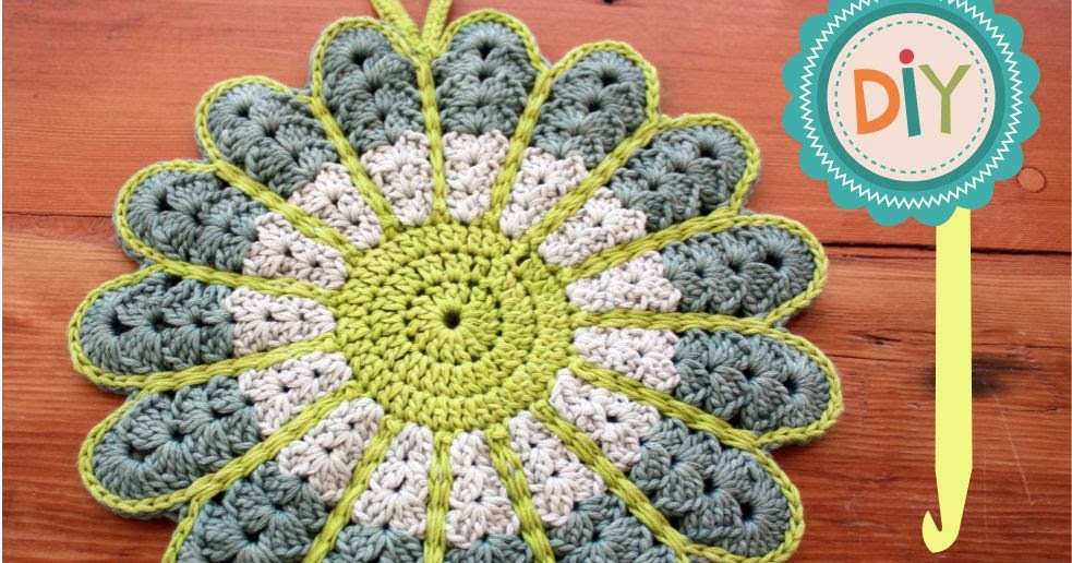FREE Pattern - Crochet Flower Potstand