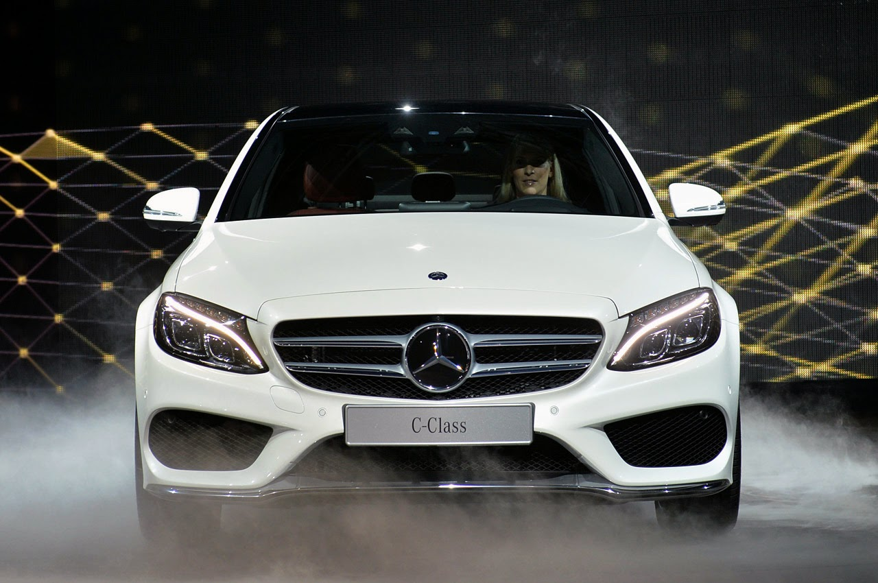 automotiveblogz 2015 mercedes benz c class detroit 2014 photos. Cars Review. Best American Auto & Cars Review
