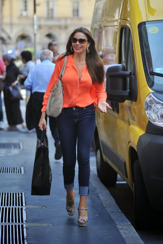 Sofía Vergara casual look