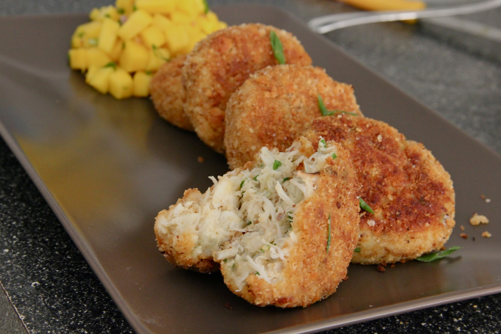 Good Sides To Go With Crab Cakes