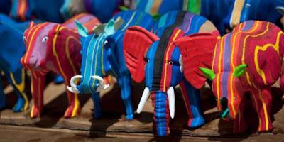 kreatif-sandal-jepit-bekas-disulap-jadi-boneka.jpg (320×160)