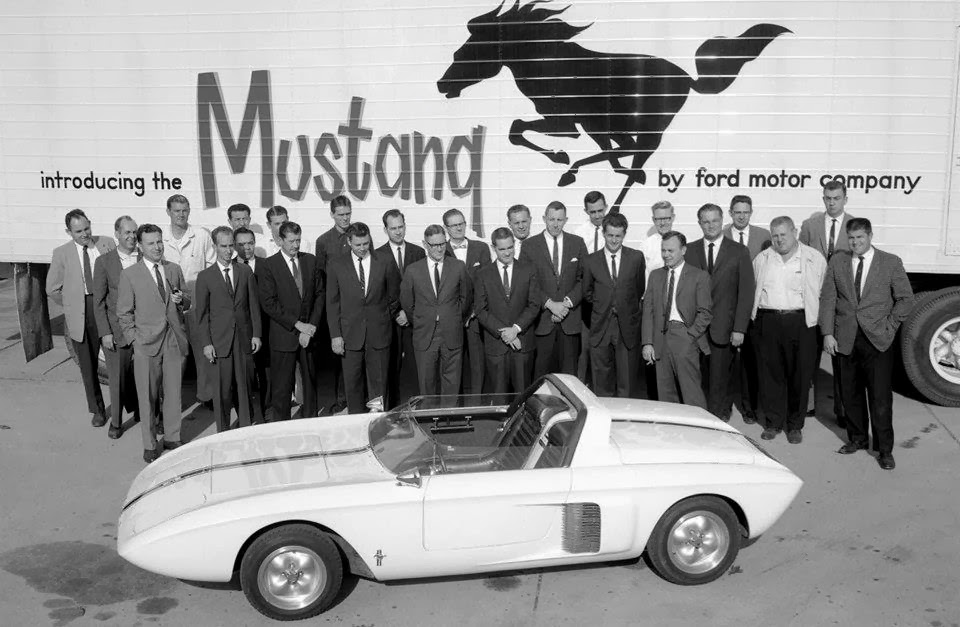 Historic Mustang Caravan to Celebrate 50th Pony Car Anniversary