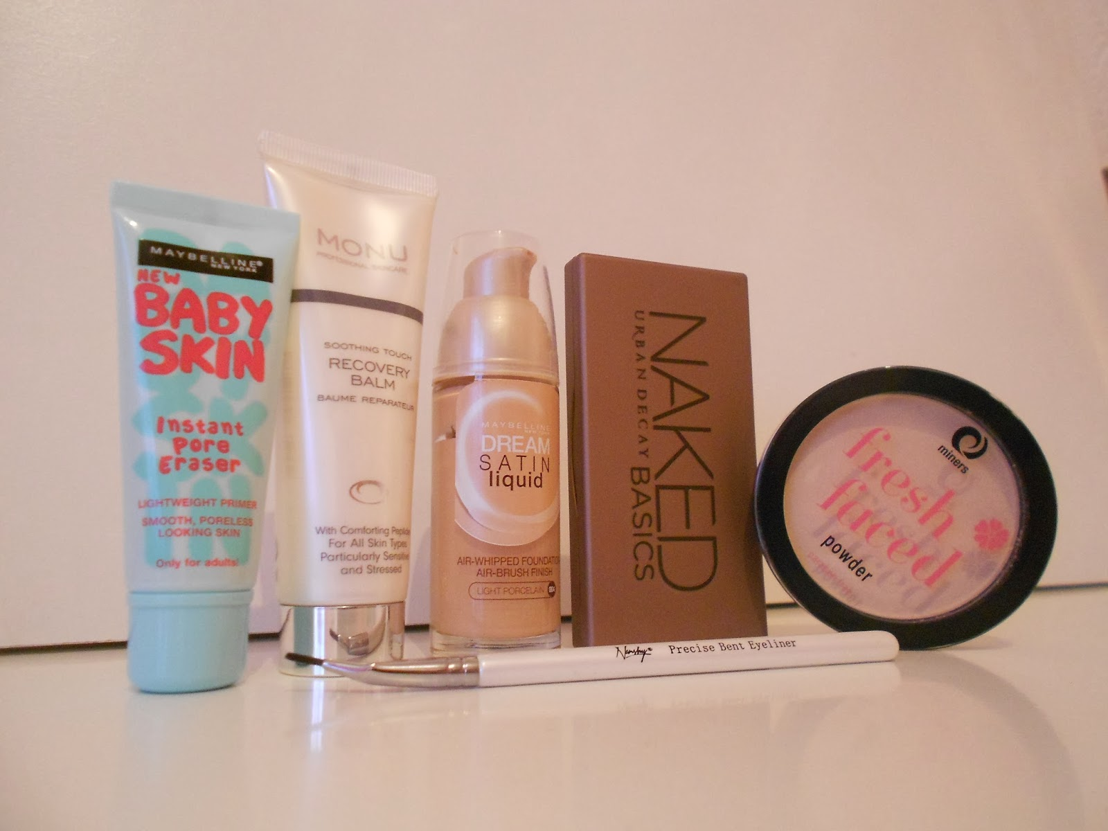 uk beauty blog budget baby skin primer, monu skincare recovery balm, maybelline dream satin, naked basics urban decay miners cosmetics fresh faced nanshy eyeliner brush