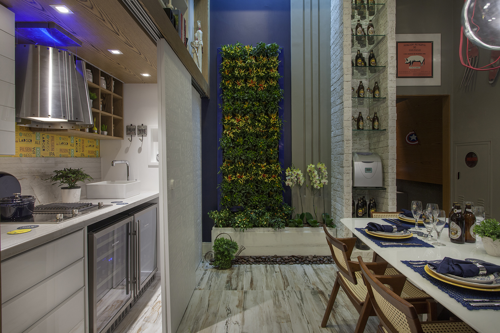 Decor Salteado Blog de Decoração e Arquitetura : Cozinha escondida  #393C73 1600 1067