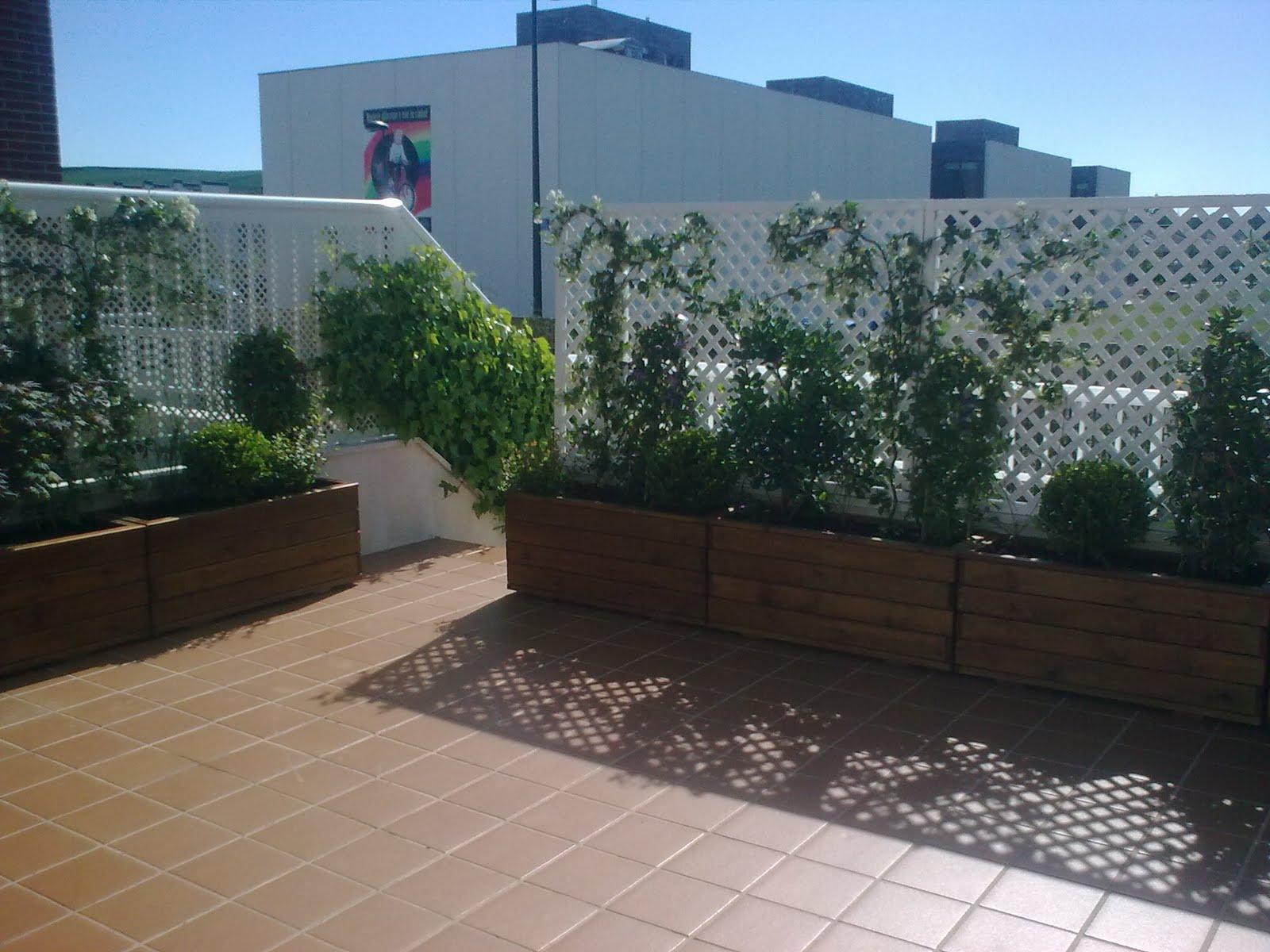 Jardineras en aticos for Jardineras de hormigon baratas