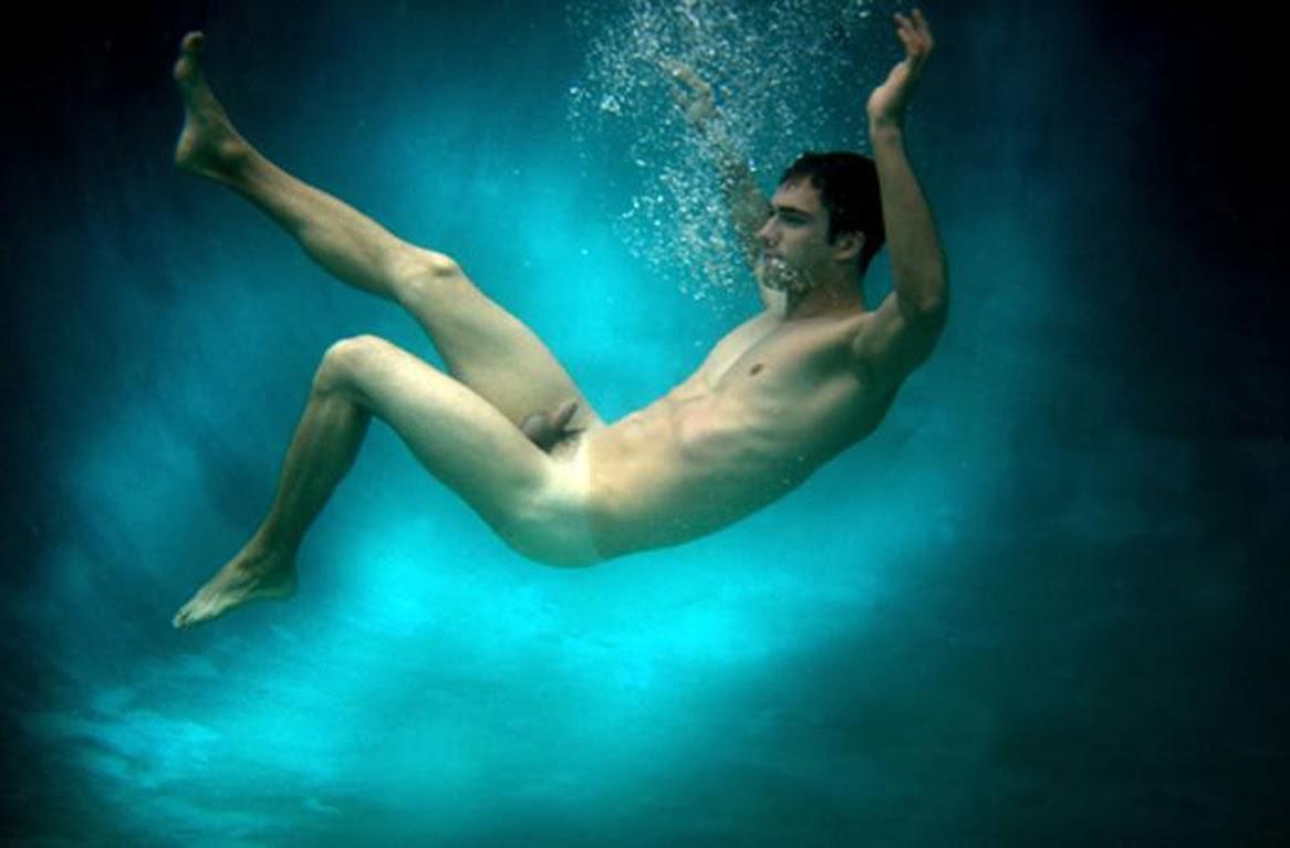 Голые Мужики Под Водой