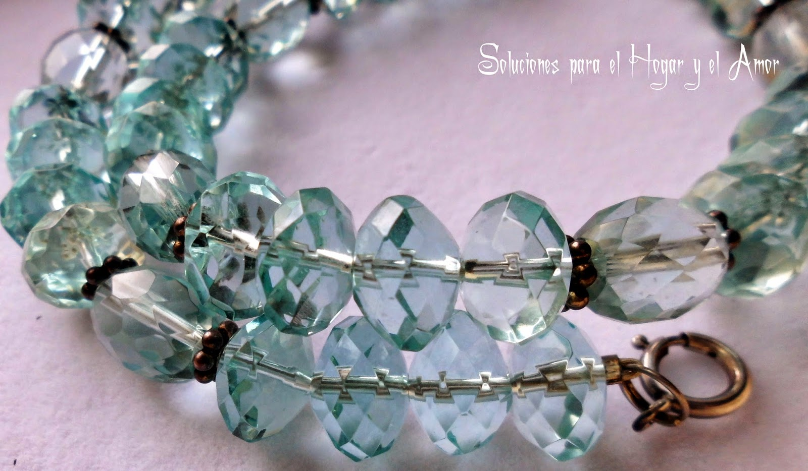 Cristales de Cuarzo azul celeste piedras facetadas