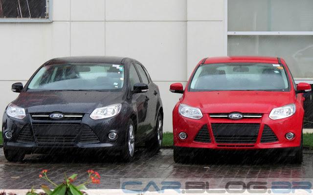 Ford Focus 2014 Vermelho e Preto
