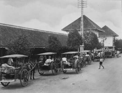 Photo Tua Pasar Wonokromo - Jasa sedot WC Murah Wonkromo Tlp 031-78273589