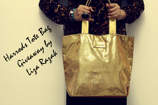 .. Harrods Tote bag Giveaway by Liza Razak  ..