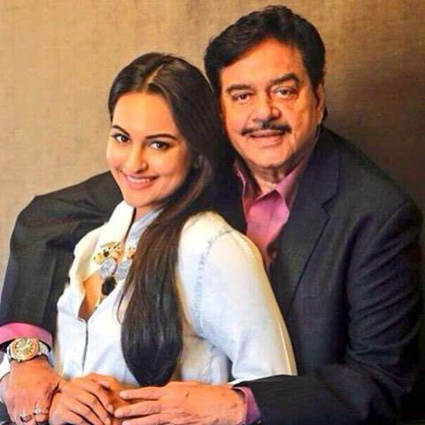 Sonakshi Sinha with Father shatrughan sinha Hd wallpapers