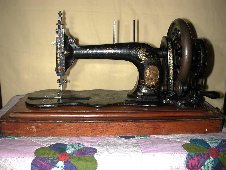 singer sewing machine 1980