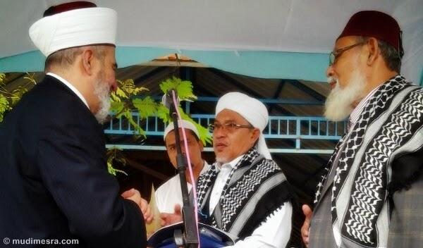 Bersama Syekh Salim Alwan Alhasani, Grand Mufti Australia, dan Waled Nu