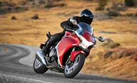 Specifications 2010 Honda VFR1200F with Dual-Clutch Transmission