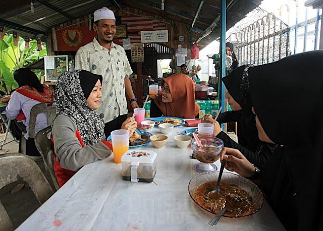 Warung Menu Sejahtera Bihun Sup Laksa Cuma RM1