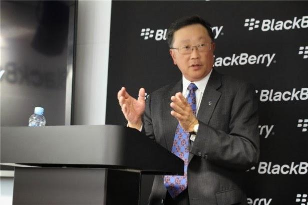 CEO de BlackBerry John Chen se sentó a conversar con Bloomberg en una entrevista en la que fue repartiendo varios pensamientos personales, comentarios y planes para BlackBerry. Si bien no habrá un cambio de nombre de BlackBerry, se le preguntó cuáles eran sus ideas sobre el cambio de nombre de RIM para BlackBerry, en un primer momento prefirió no hacer comentarios, a continuación, afirmo que RIM era un nombre que iba de Participaciones Preferentes, las preferencias personales, otro tema desde el CEO de BlackBerry que Chen no está de acuerdo que estuviesen cortando los lazos con el BPI y sus