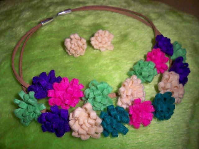 Conjunto Flores Fieltro