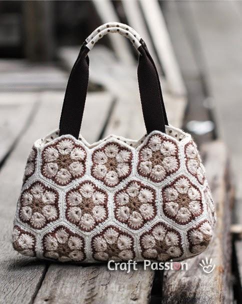 красивая вязаная крючком сумка