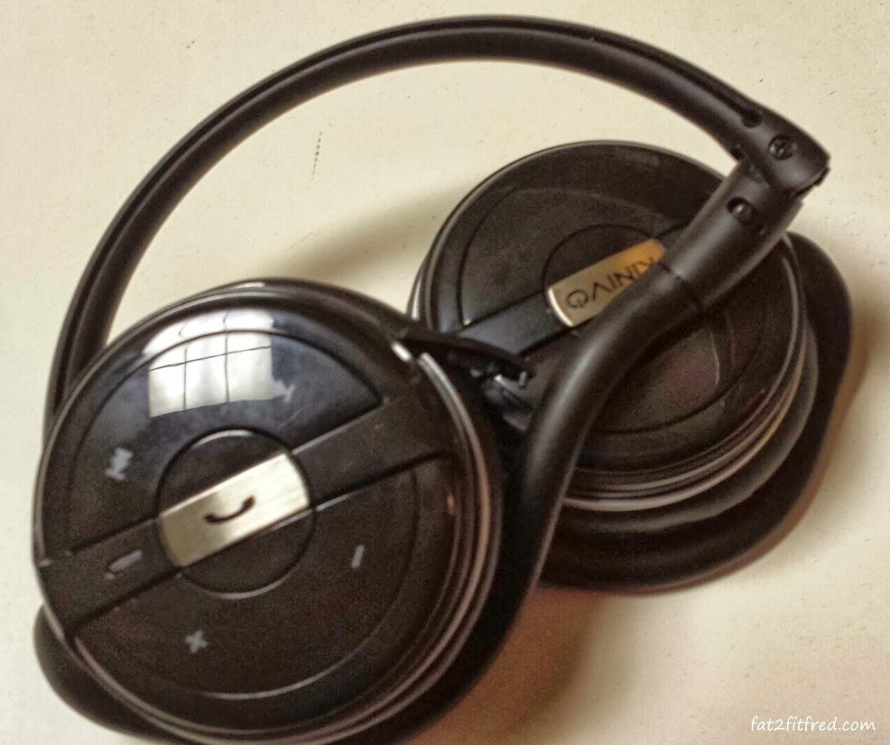 bluetooth headphones that fold