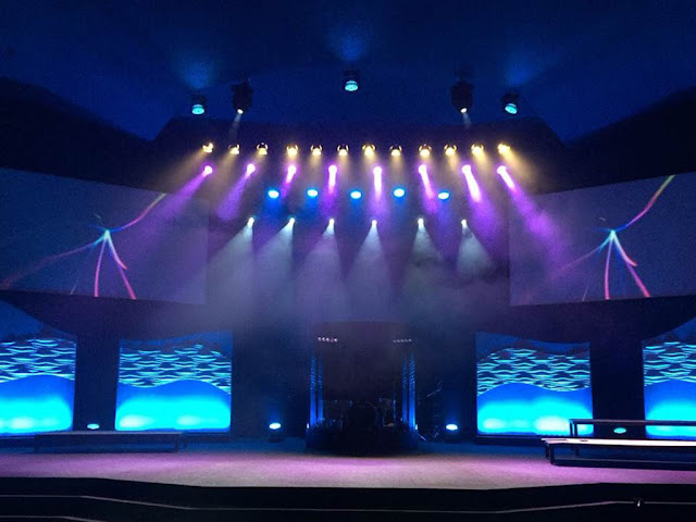Bellvue Christian Center photo of stage #1