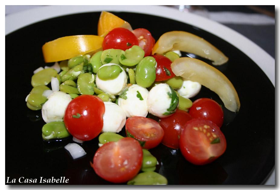 salade de f ves tomates et mozzarella la casa isabelle. Black Bedroom Furniture Sets. Home Design Ideas