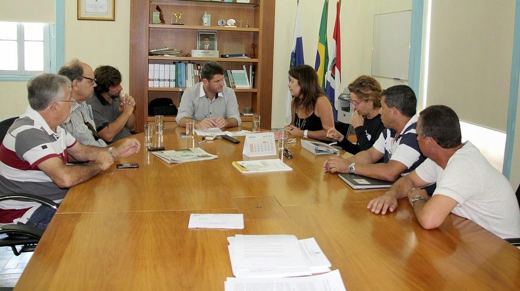 Arlei recebe comissão organizadora do Tour do Rio